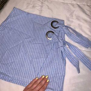Pinstripe wrap grommet mini skirt 💙